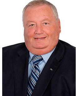 Denis Hudson – Directeur sénior